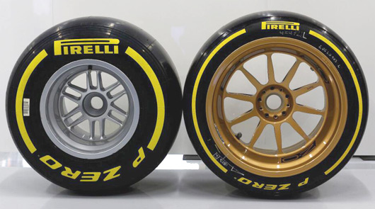 Lotus-E22-18inch-tyres-02