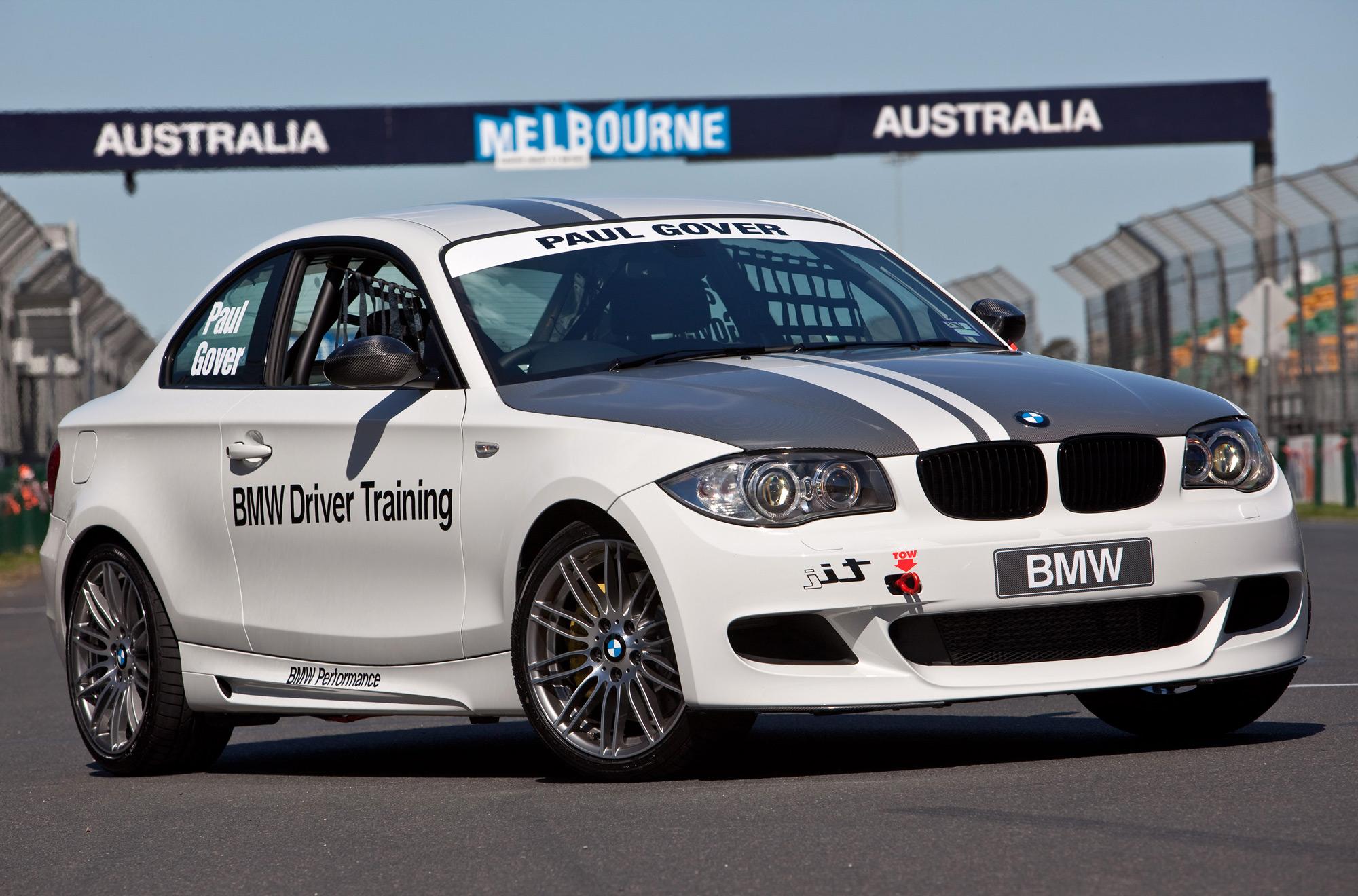 Bmw 2002 Tii Race Car >> AUSmotive.com » BMW 135i v V8 Supercar v BMW Sauber F1