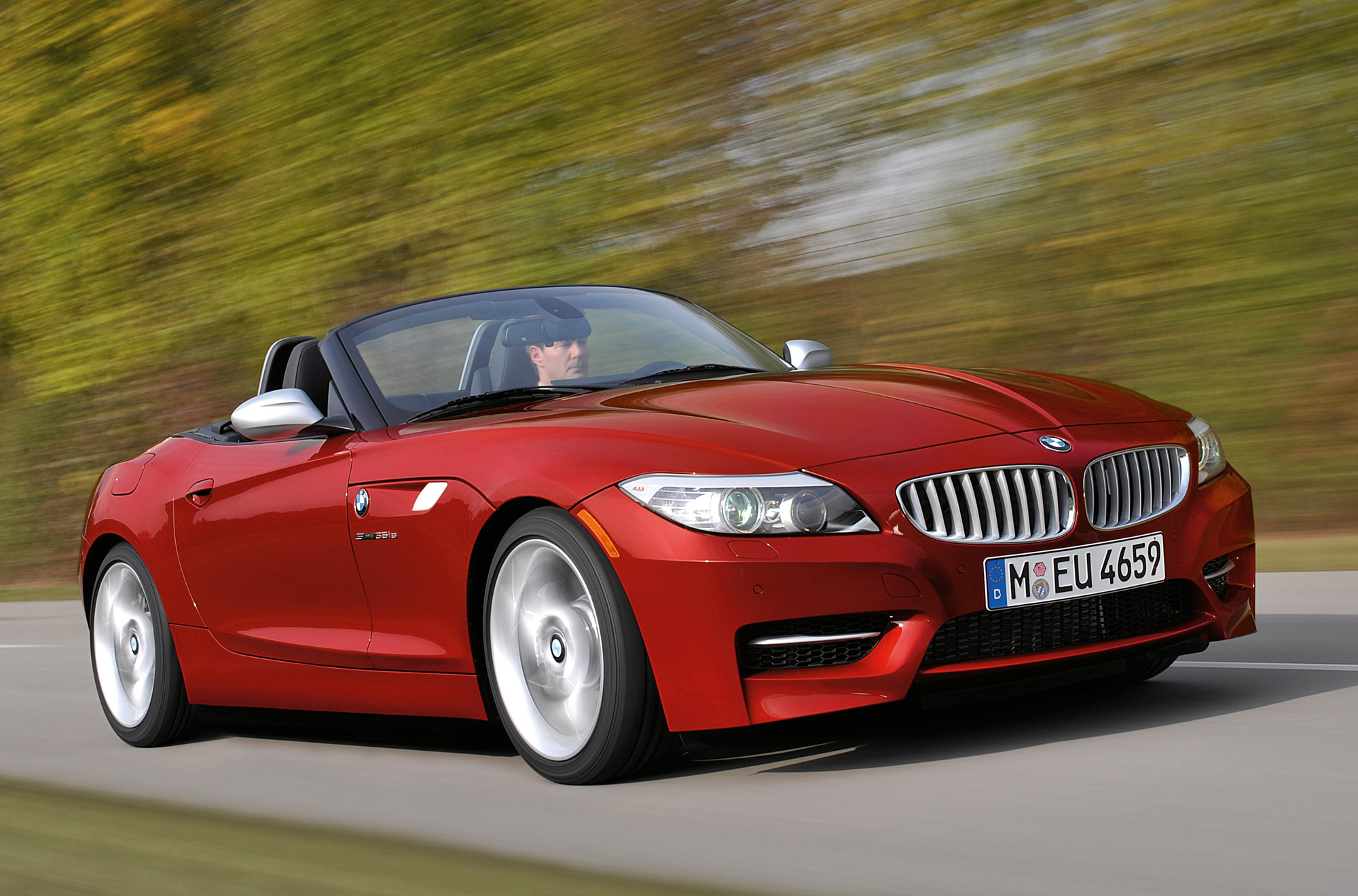 bmw z4 sdrive35is returns serve to tt rs. Black Bedroom Furniture Sets. Home Design Ideas