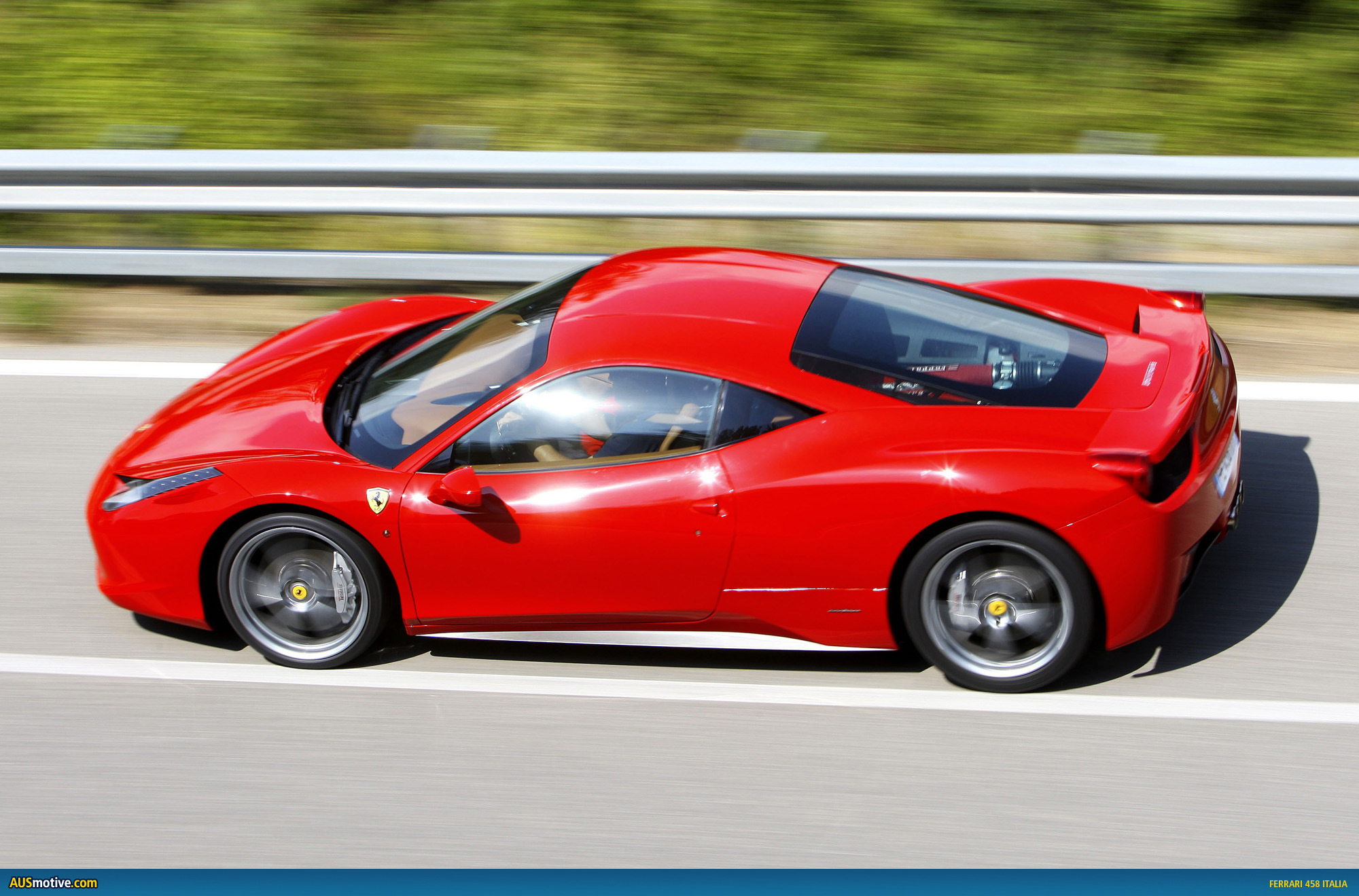 ferrari 458 italia arrives in australia. Black Bedroom Furniture Sets. Home Design Ideas