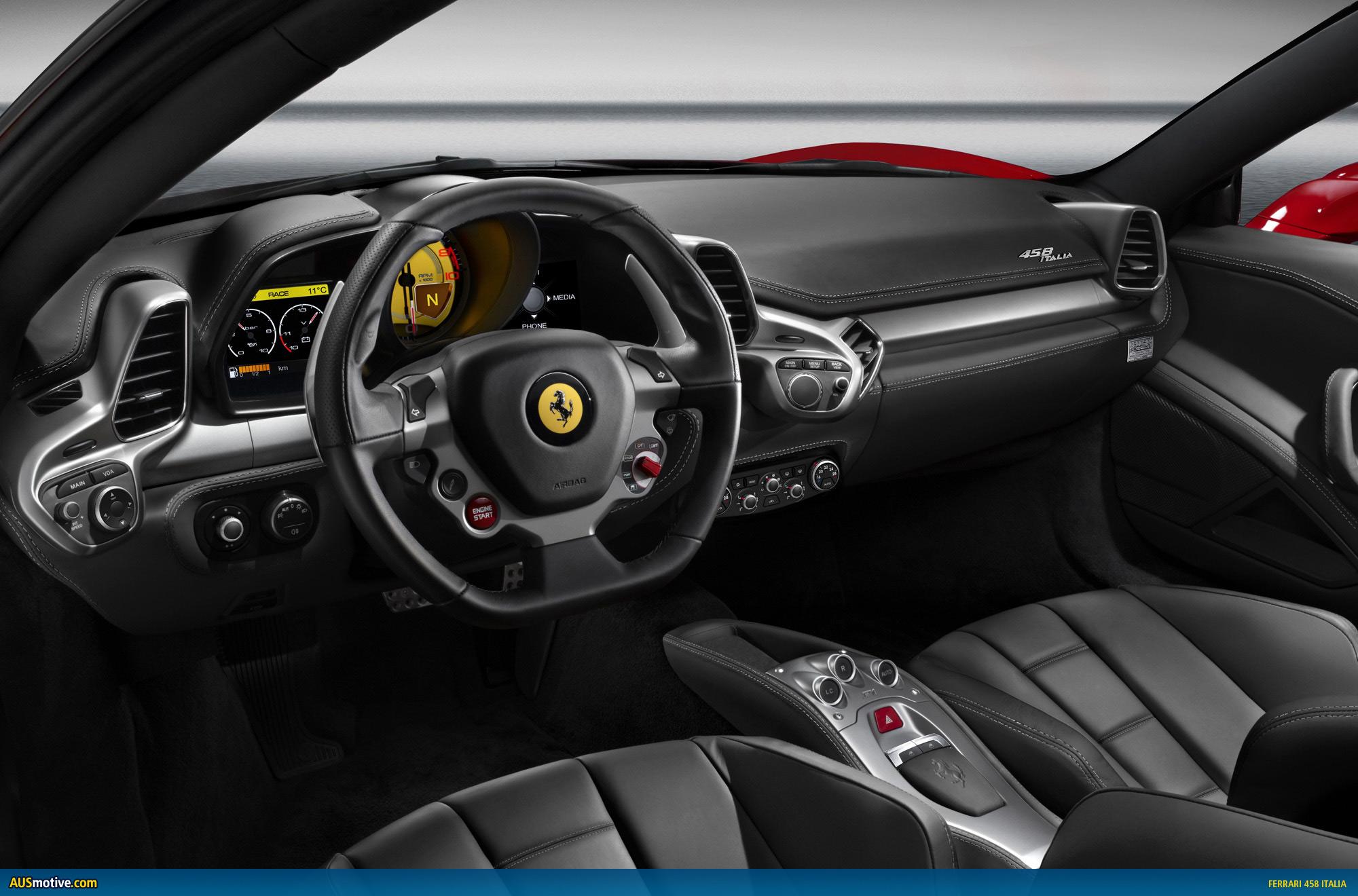 Ferrari 458 Italy interior