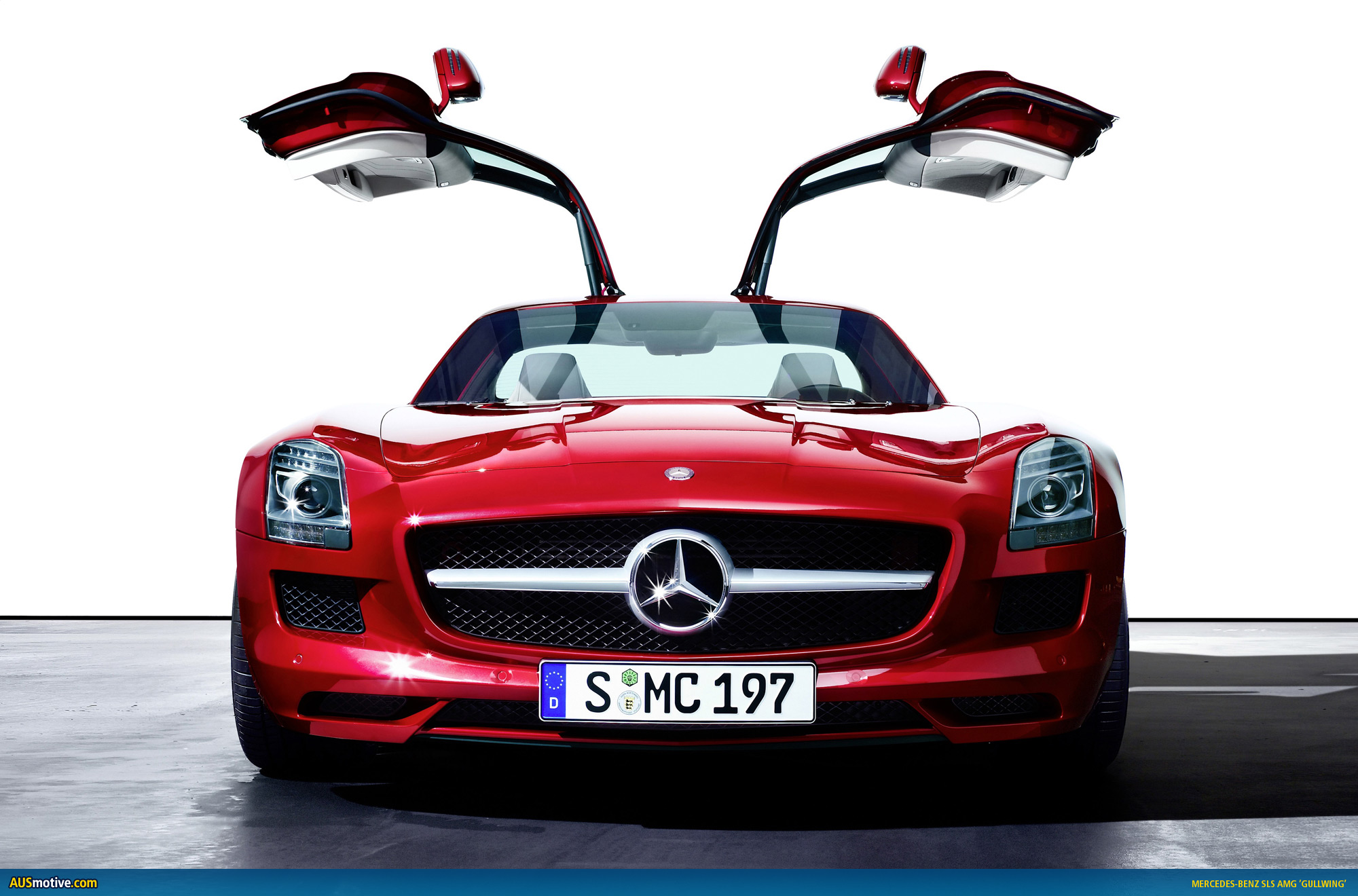 2010 mercedes benz sls amg photo gallery. Black Bedroom Furniture Sets. Home Design Ideas