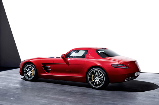 Mercedes-Benz SLS AMG Gullwing