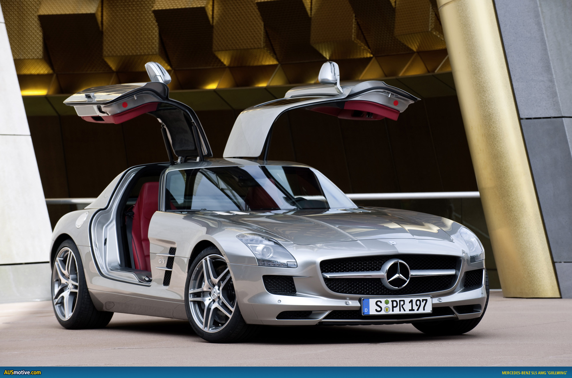 2010 mercedes benz sls amg photo gallery for How much mercedes benz