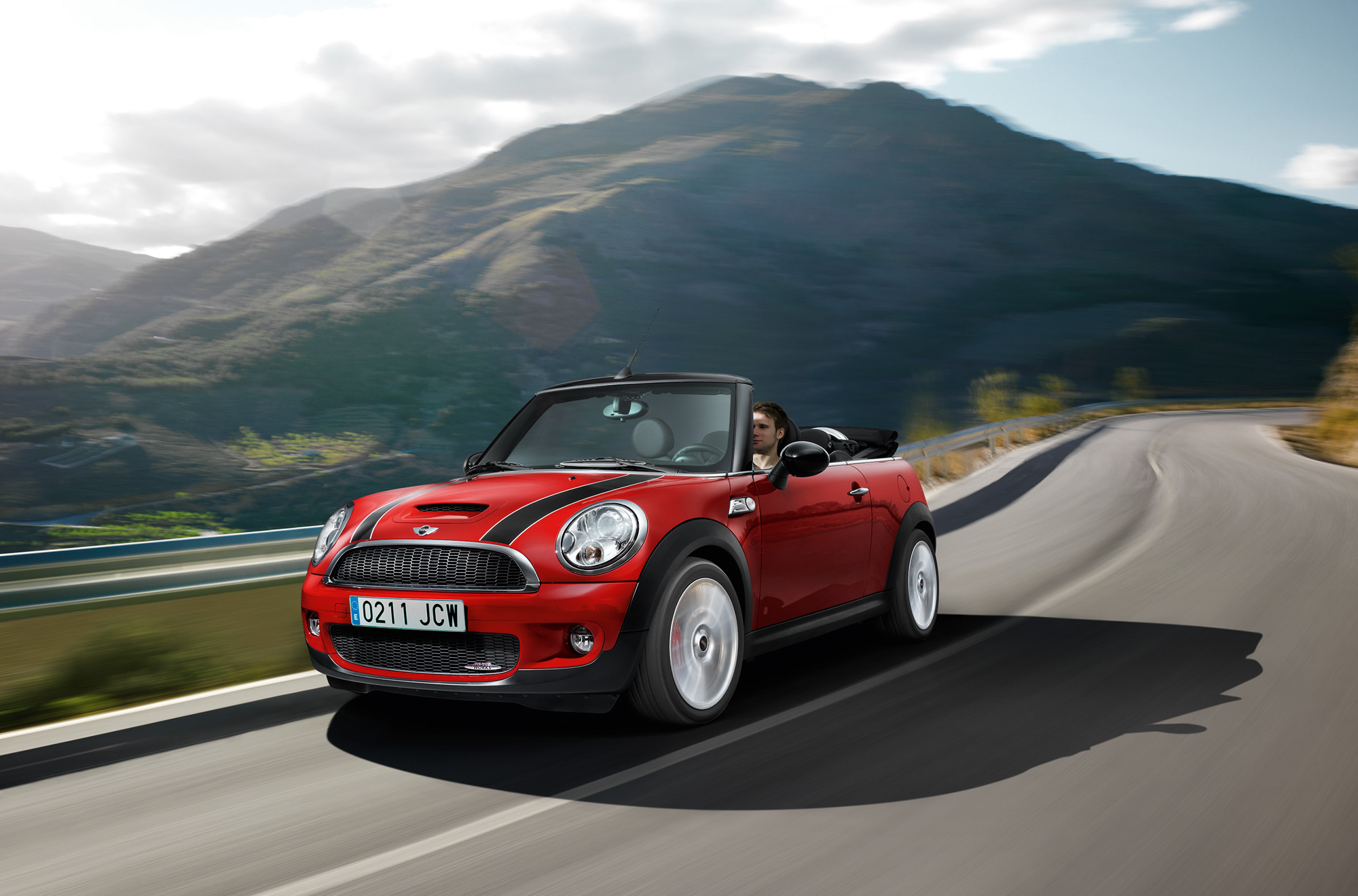 mini john cooper works cabrio drops its. Black Bedroom Furniture Sets. Home Design Ideas
