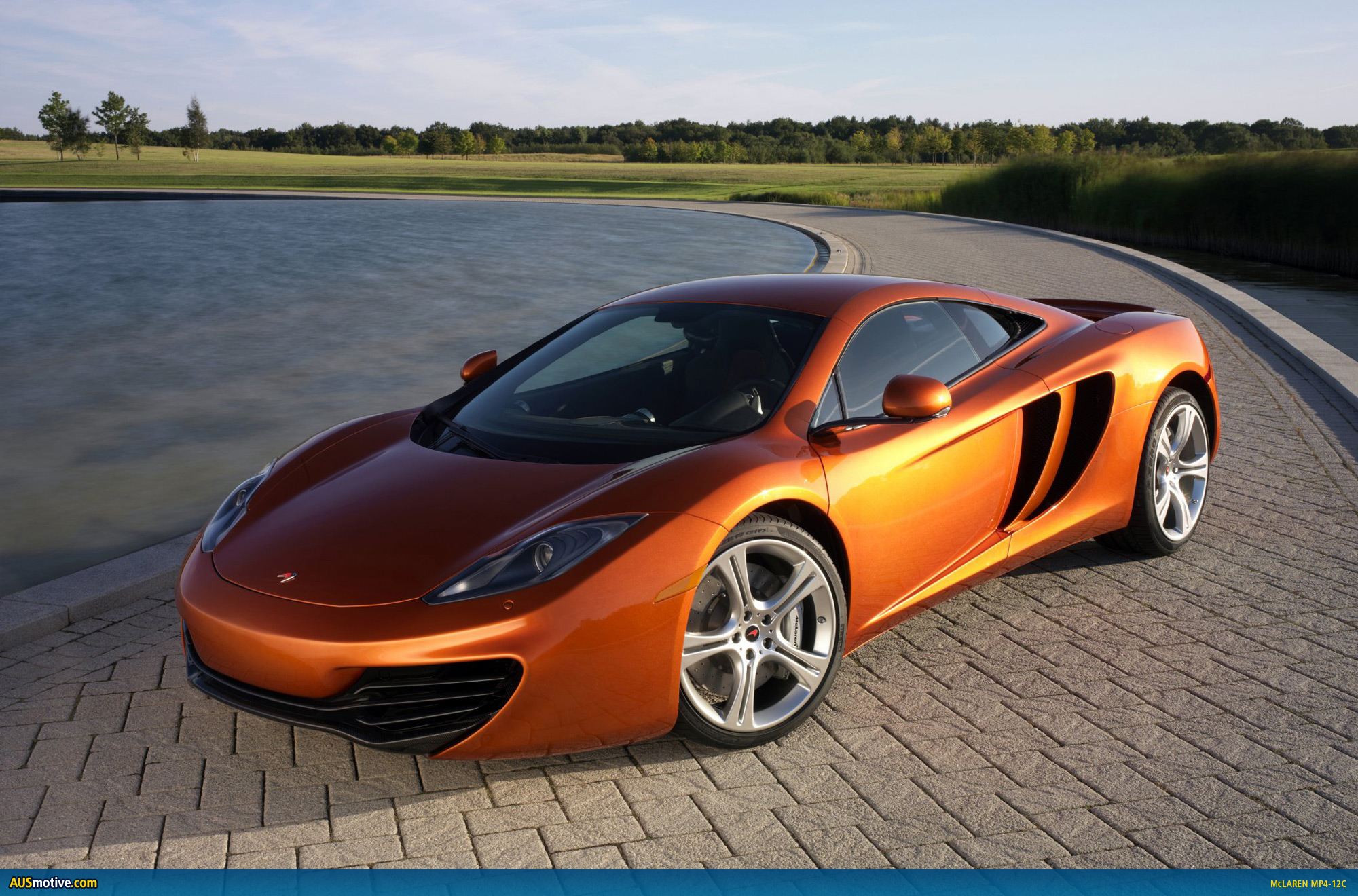 2011 mclaren mp4 12c photo gallery. Black Bedroom Furniture Sets. Home Design Ideas