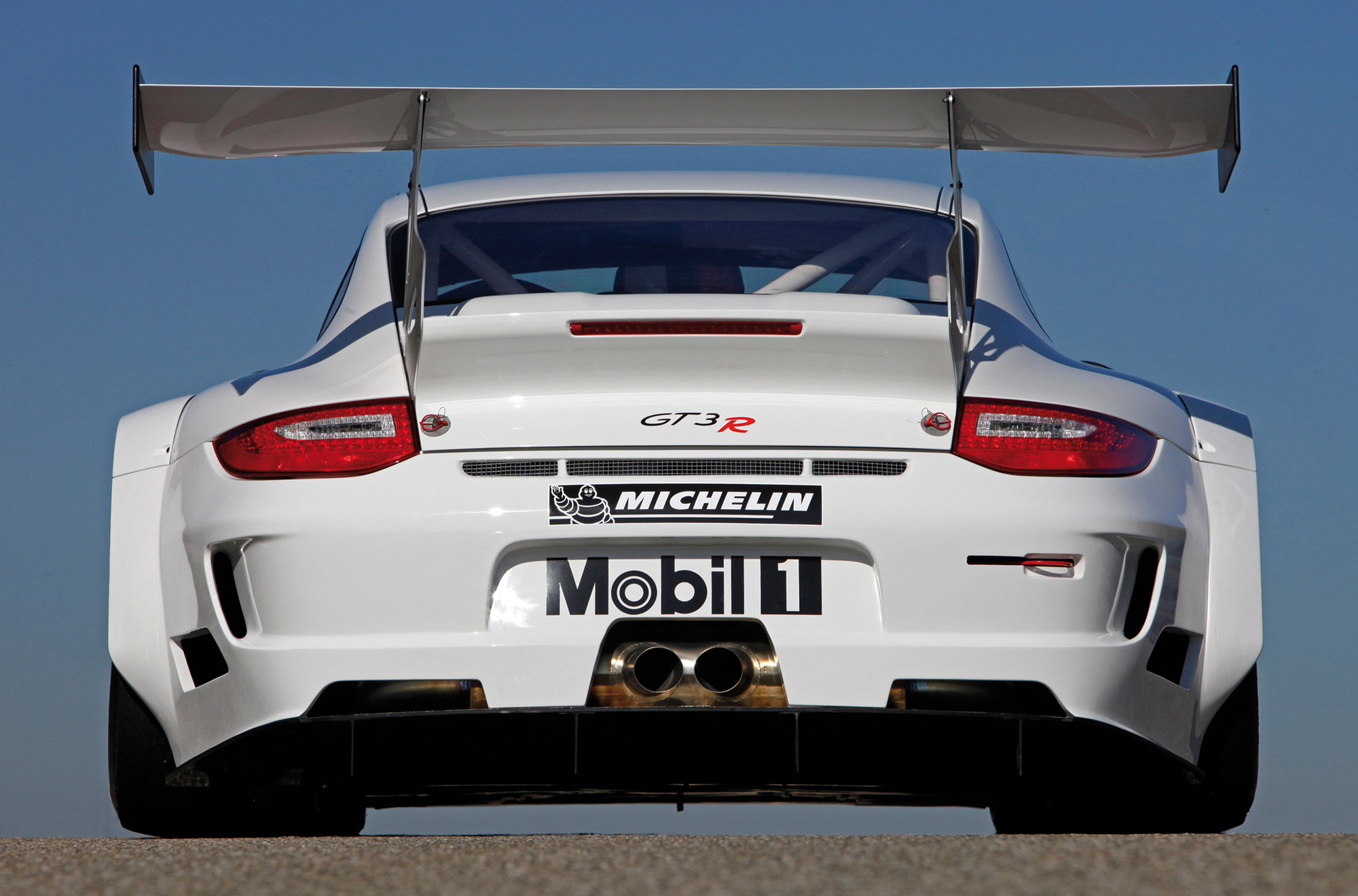 Following the Porsche 911 GT3