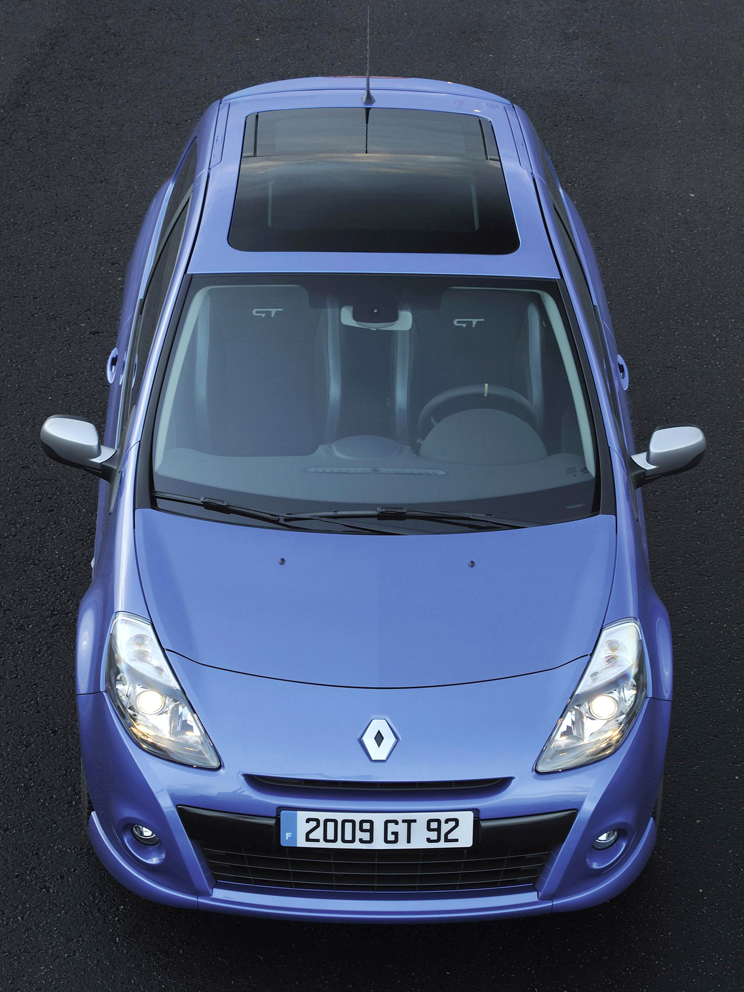 renault clio iii enters phase 2. Black Bedroom Furniture Sets. Home Design Ideas