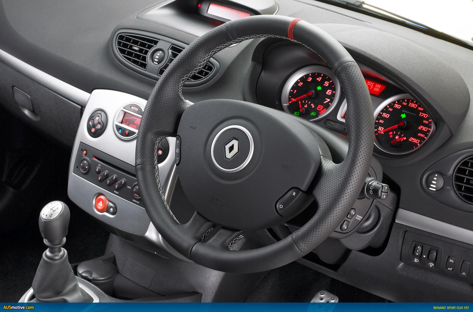 Renault Clio 2009 Interior