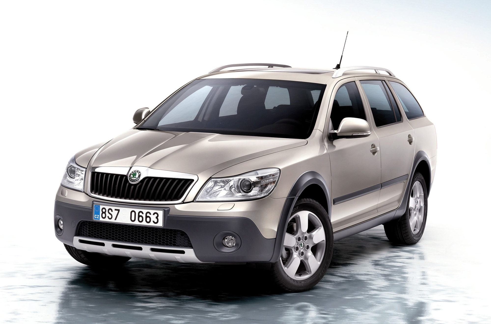 2009 skoda octavia scout. Black Bedroom Furniture Sets. Home Design Ideas