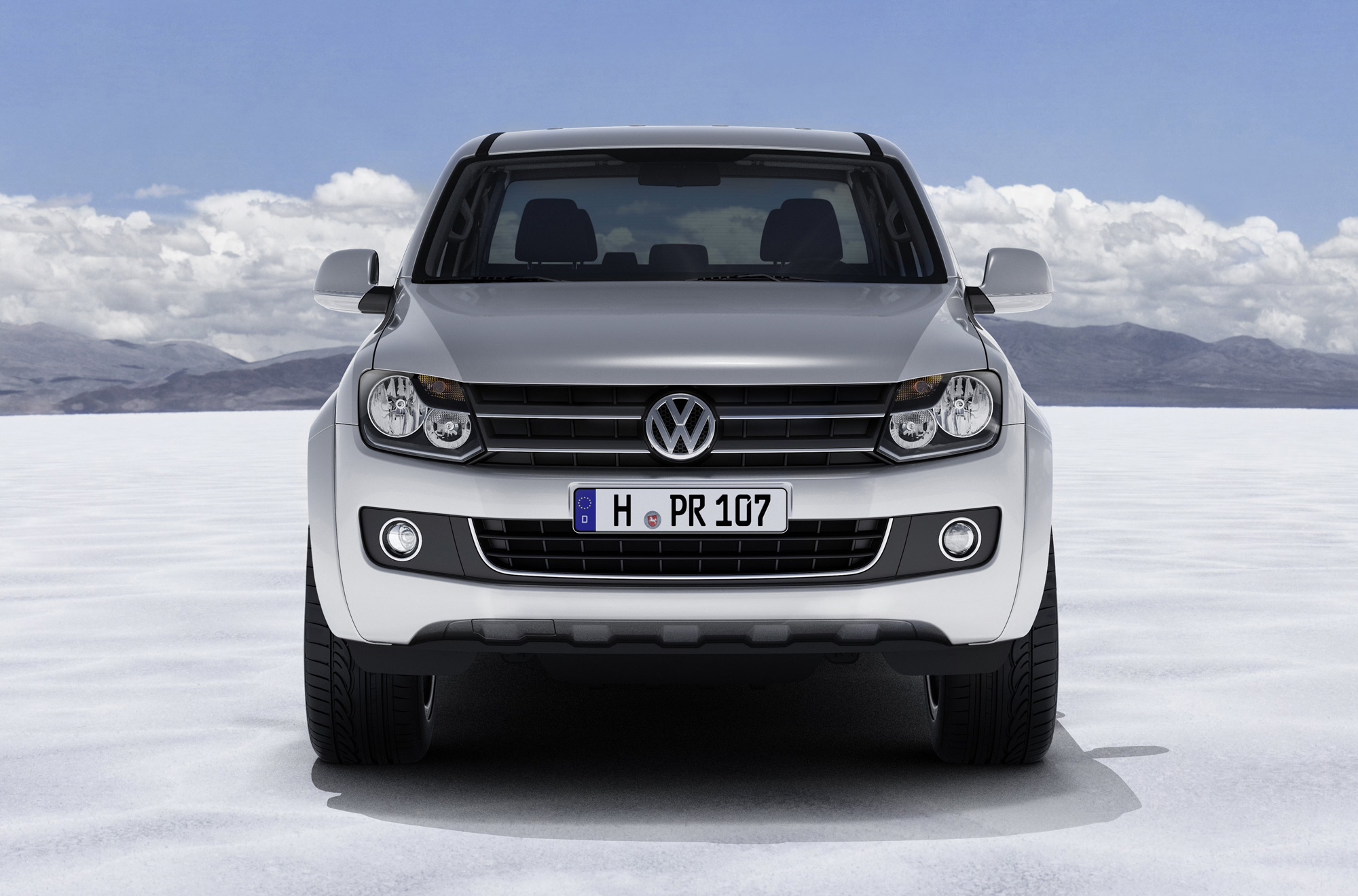 volkswagen amarok first official photos. Black Bedroom Furniture Sets. Home Design Ideas