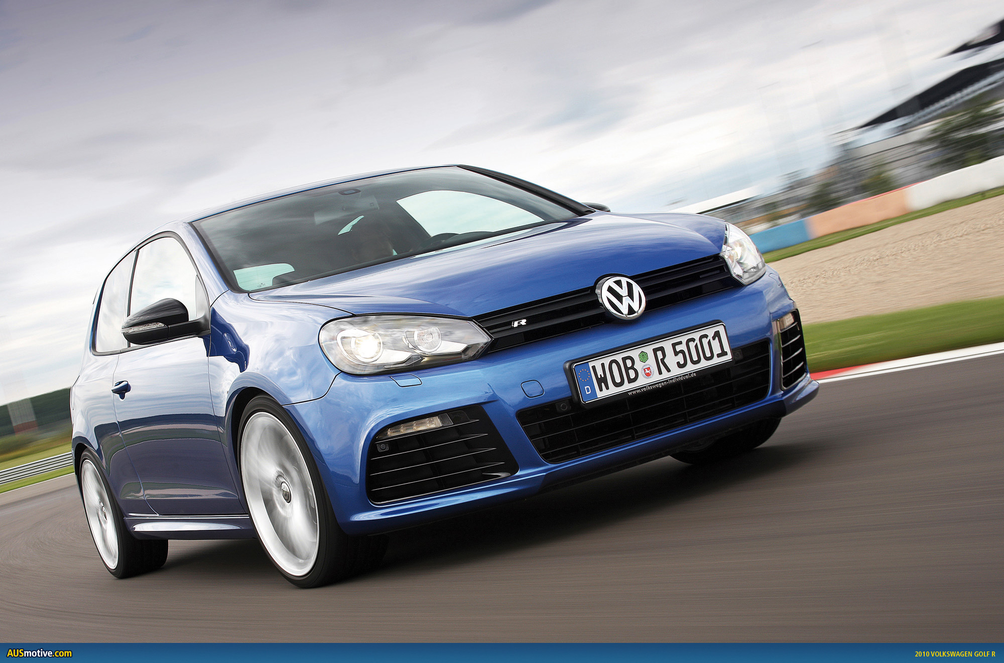 http://www.ausmotive.com/images/VW-Golf-R-01.jpg