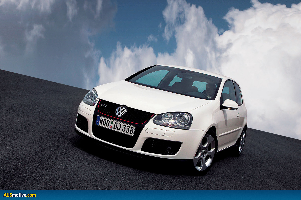drive thru volkswagen golf gt tdi v gti. Black Bedroom Furniture Sets. Home Design Ideas