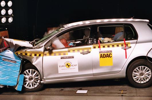 Ausmotive Com 187 Volkswagen Golf Vi Earns Five Star Crash