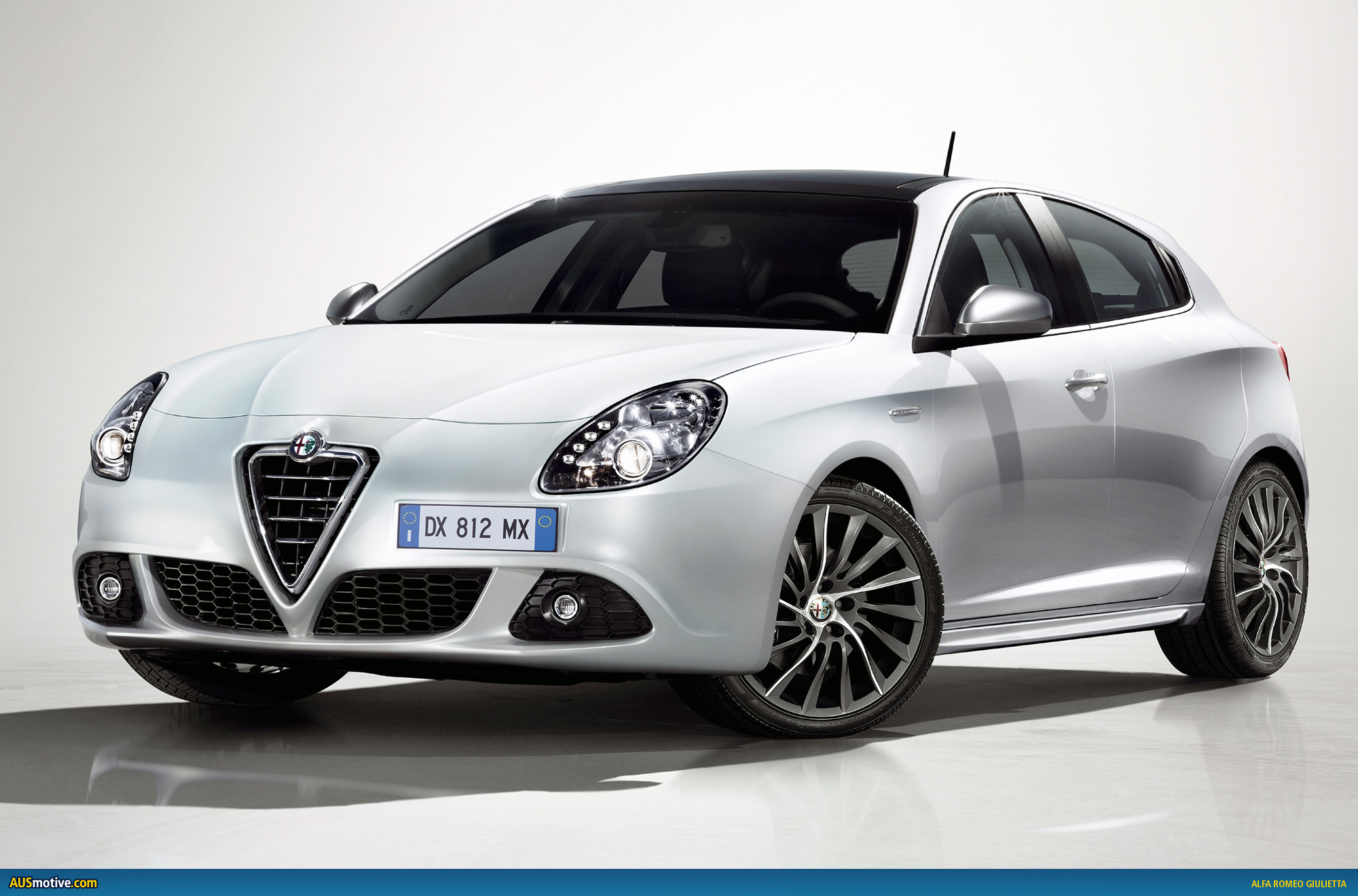 alfa romeo giulietta prepares for geneva. Black Bedroom Furniture Sets. Home Design Ideas