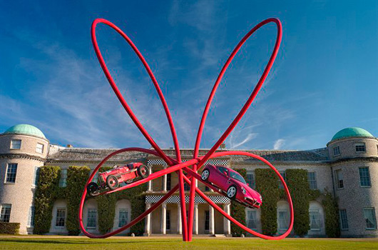 Alfa Romeo statue - Goodwood FoS