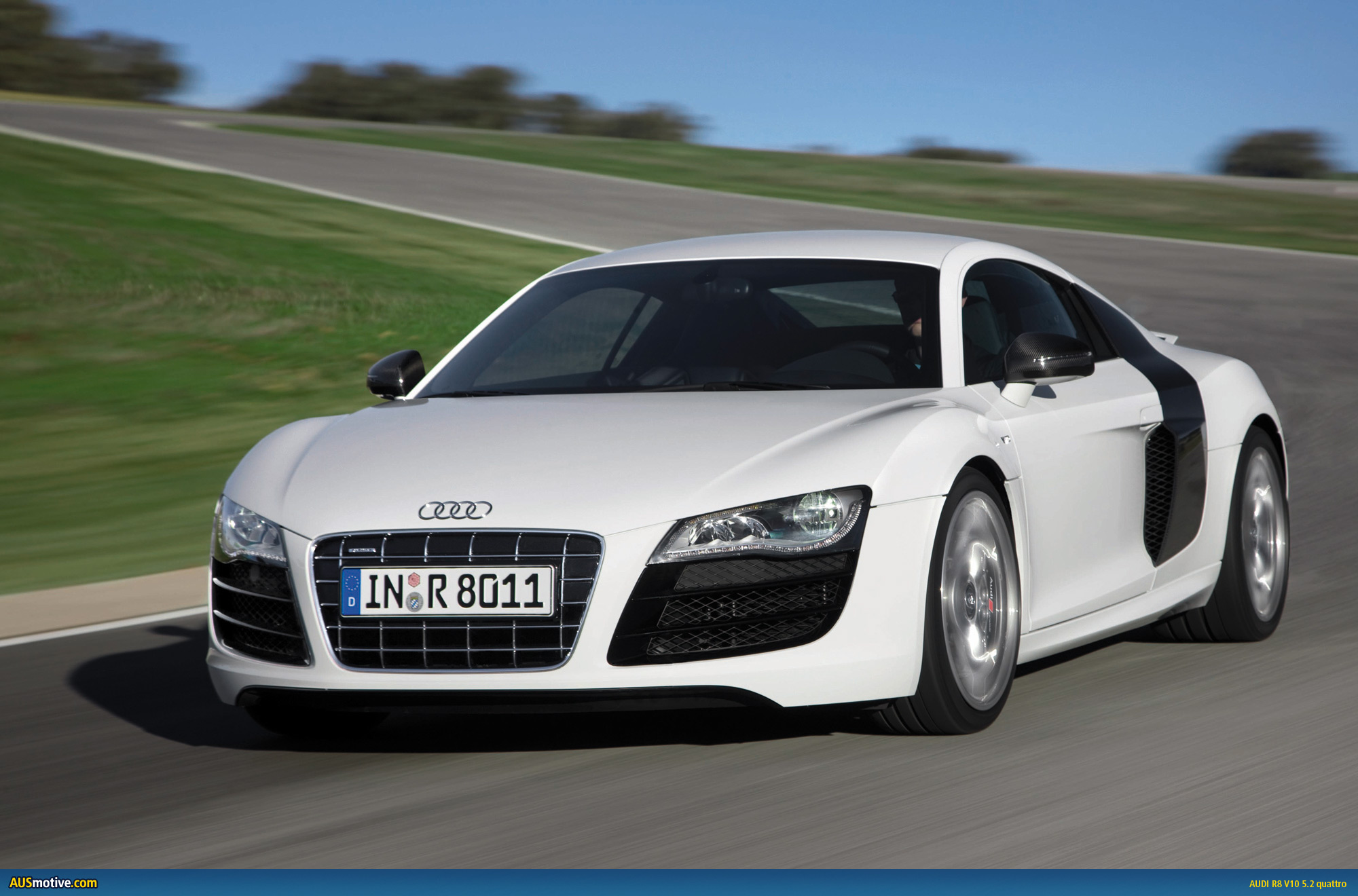 Ausmotive Com 187 Audi R8 V10 World Performance Car 2010