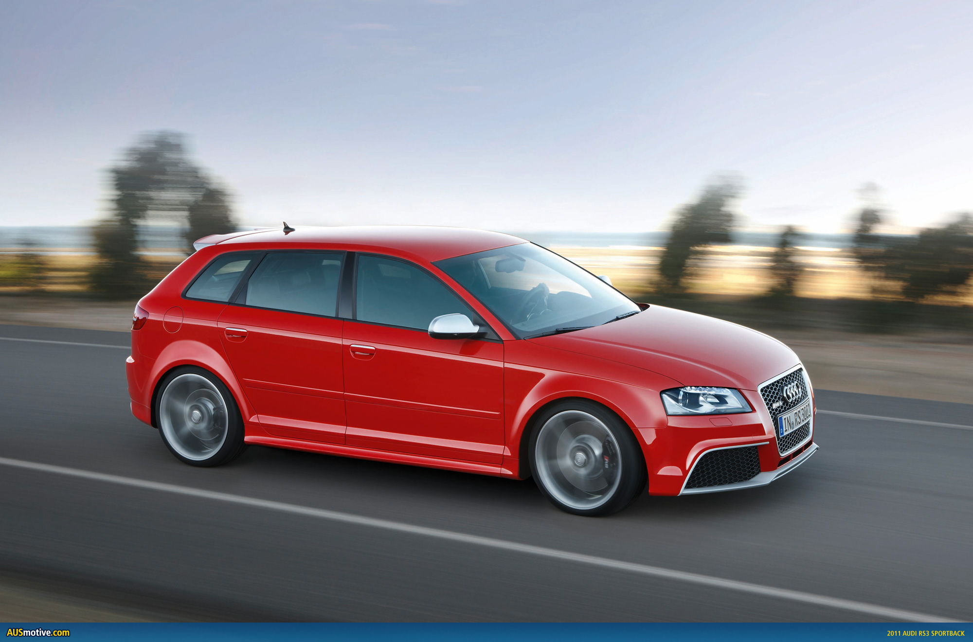 2011 audi rs3 sportback official info pics. Black Bedroom Furniture Sets. Home Design Ideas