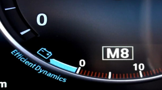 BMW M8 dash graphic