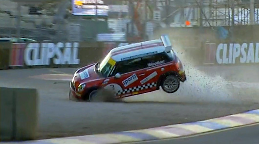 Clipsal500 - Chris Wootton rolls his MINI