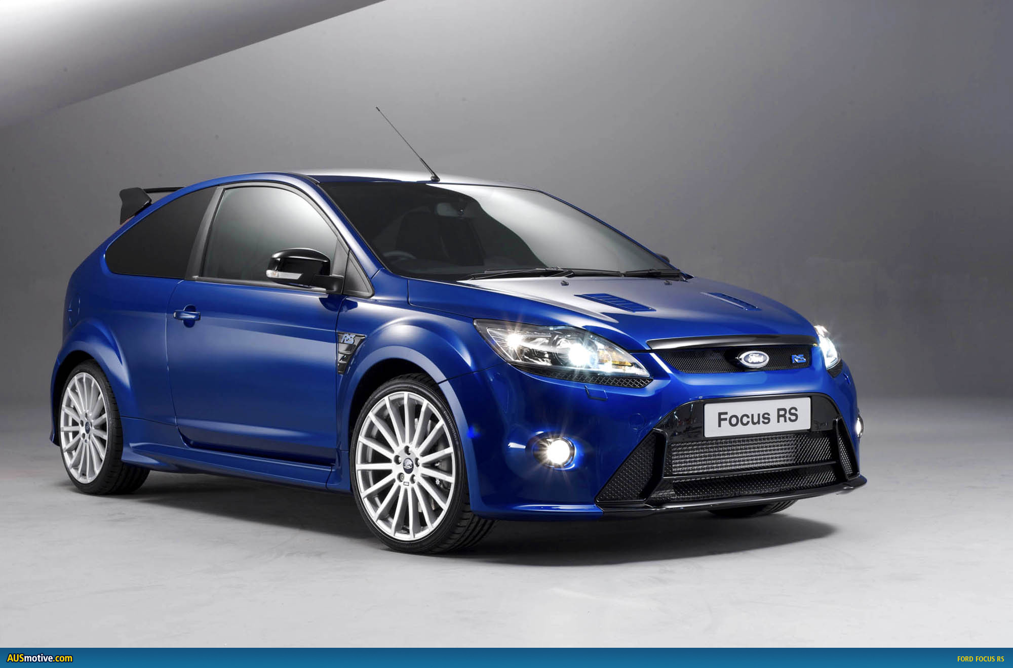 ford focus rs photo gallery. Black Bedroom Furniture Sets. Home Design Ideas