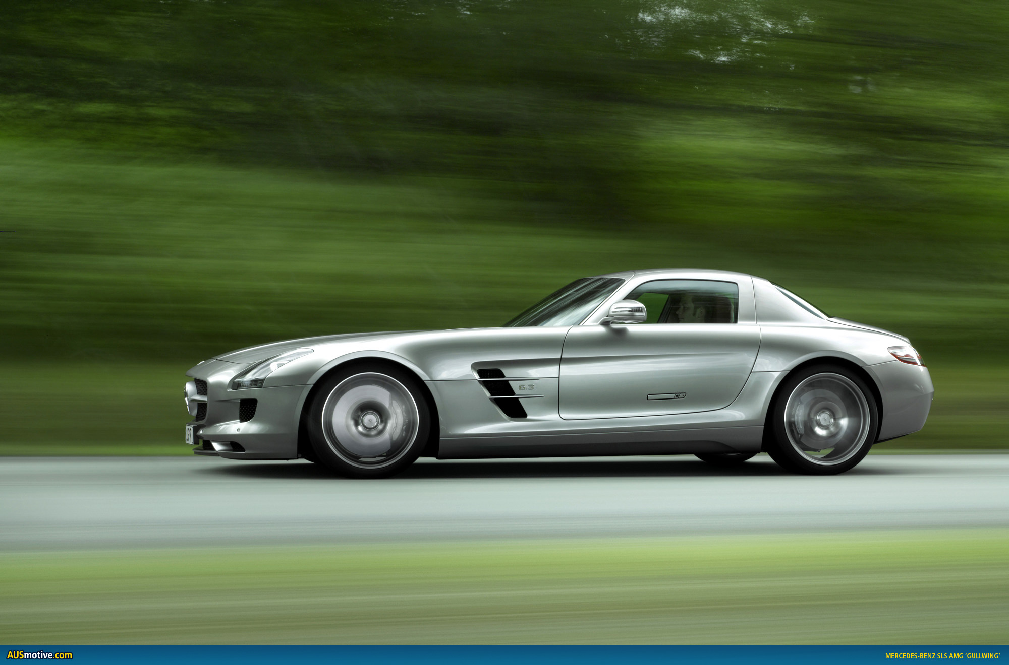 New gullwing production starts for Mercedes benz amg gullwing