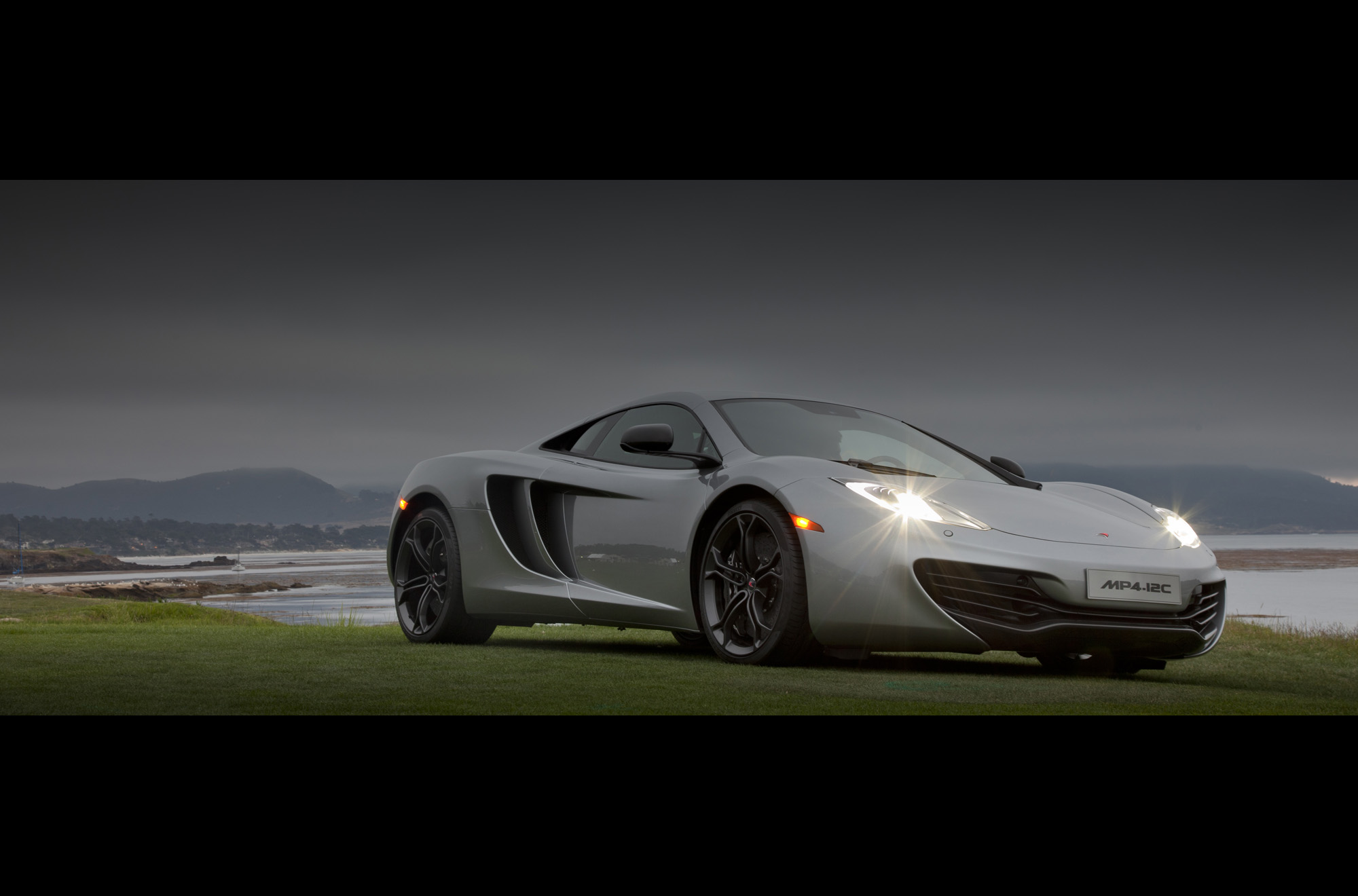 mclaren mp4 12c makes north american debut. Black Bedroom Furniture Sets. Home Design Ideas