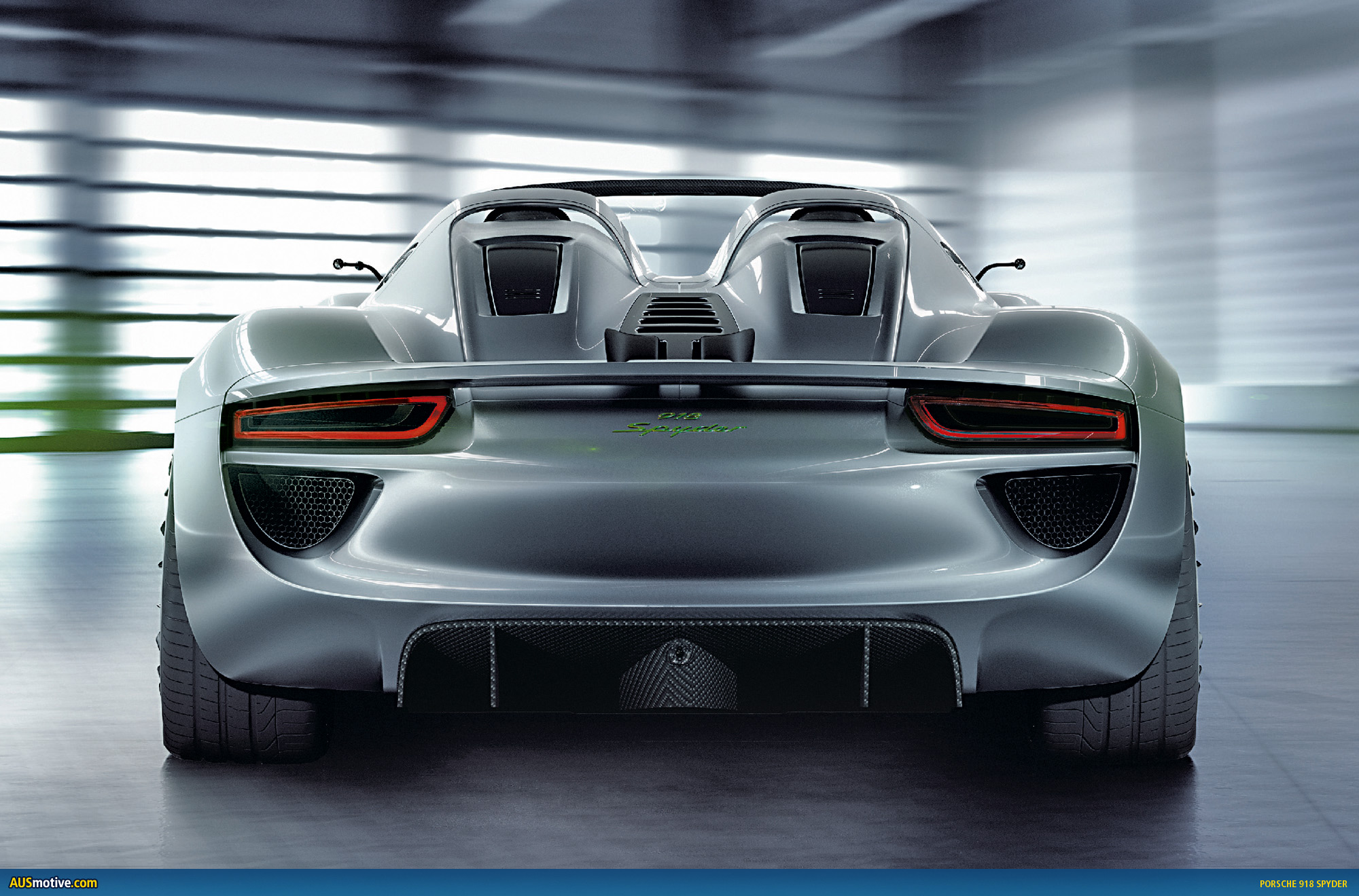 AUSmotive.com » Geneva: Porsche 918 Spyder with hybrid drive on