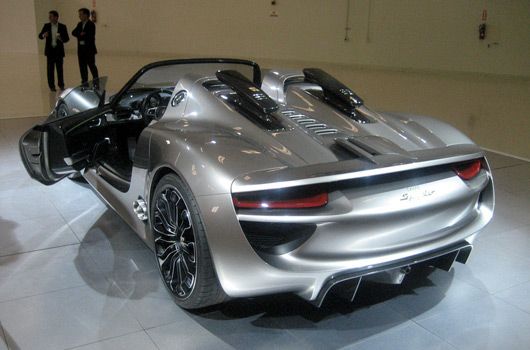 new info on the porsche 918 spyder. Black Bedroom Furniture Sets. Home Design Ideas