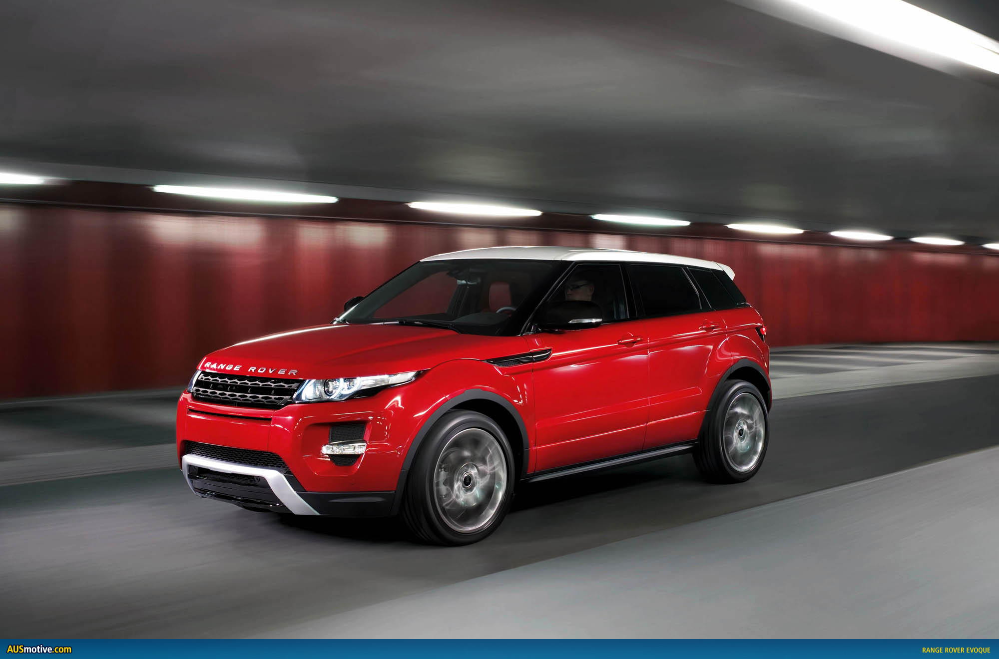 range rover evoque five door revealed. Black Bedroom Furniture Sets. Home Design Ideas