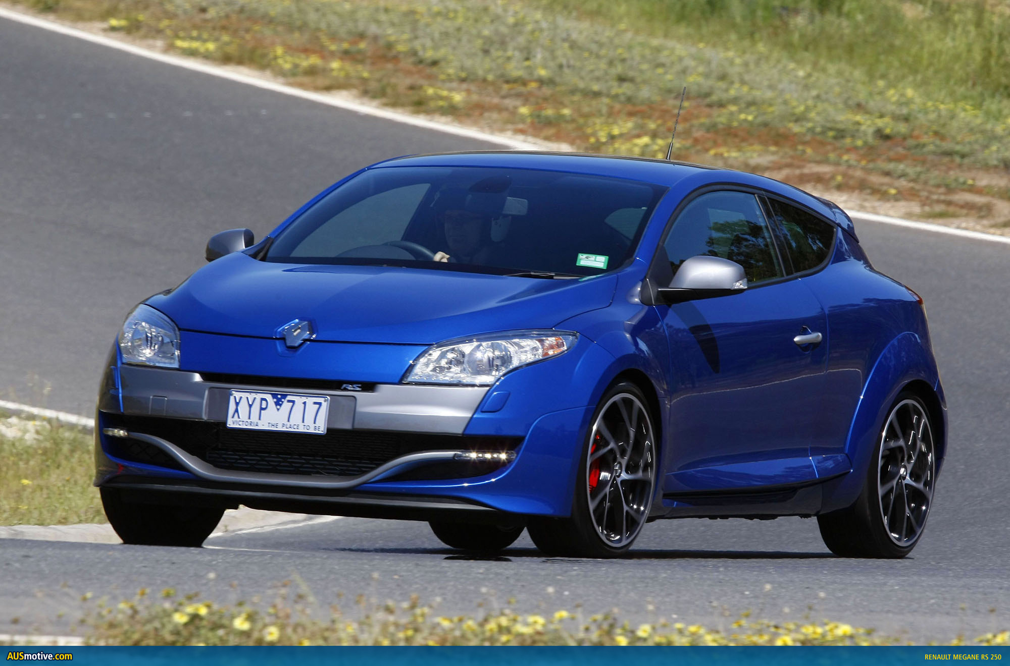 renault megane rs 250 australian pricing specs. Black Bedroom Furniture Sets. Home Design Ideas
