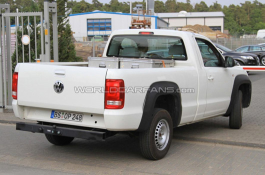vw amarok single cab spy shots. Black Bedroom Furniture Sets. Home Design Ideas