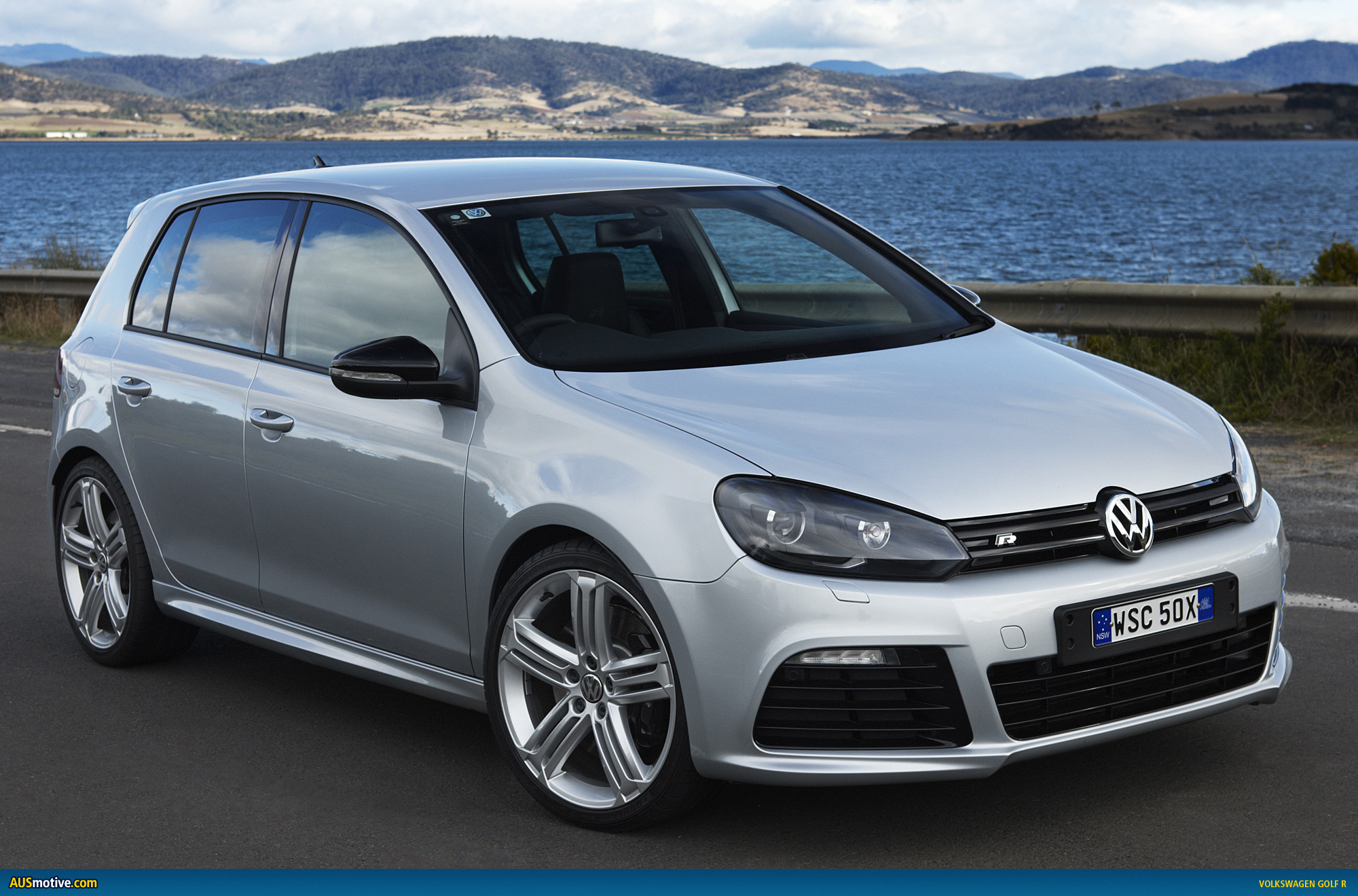 volkswagen golf r detailed australian press release. Black Bedroom Furniture Sets. Home Design Ideas
