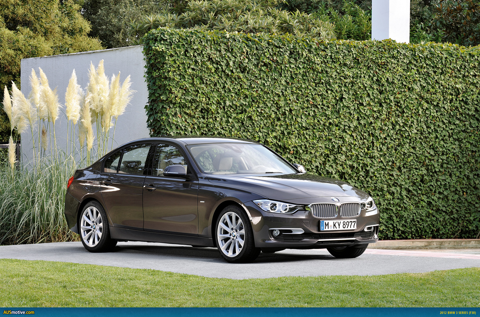 bmw add 318d and 320i to australian range. Black Bedroom Furniture Sets. Home Design Ideas