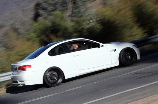 BMW 1M v Porsche Cayman R v BMW M3