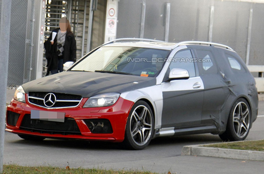 Mercedes-Benz C63 AMG Black Estate prototype