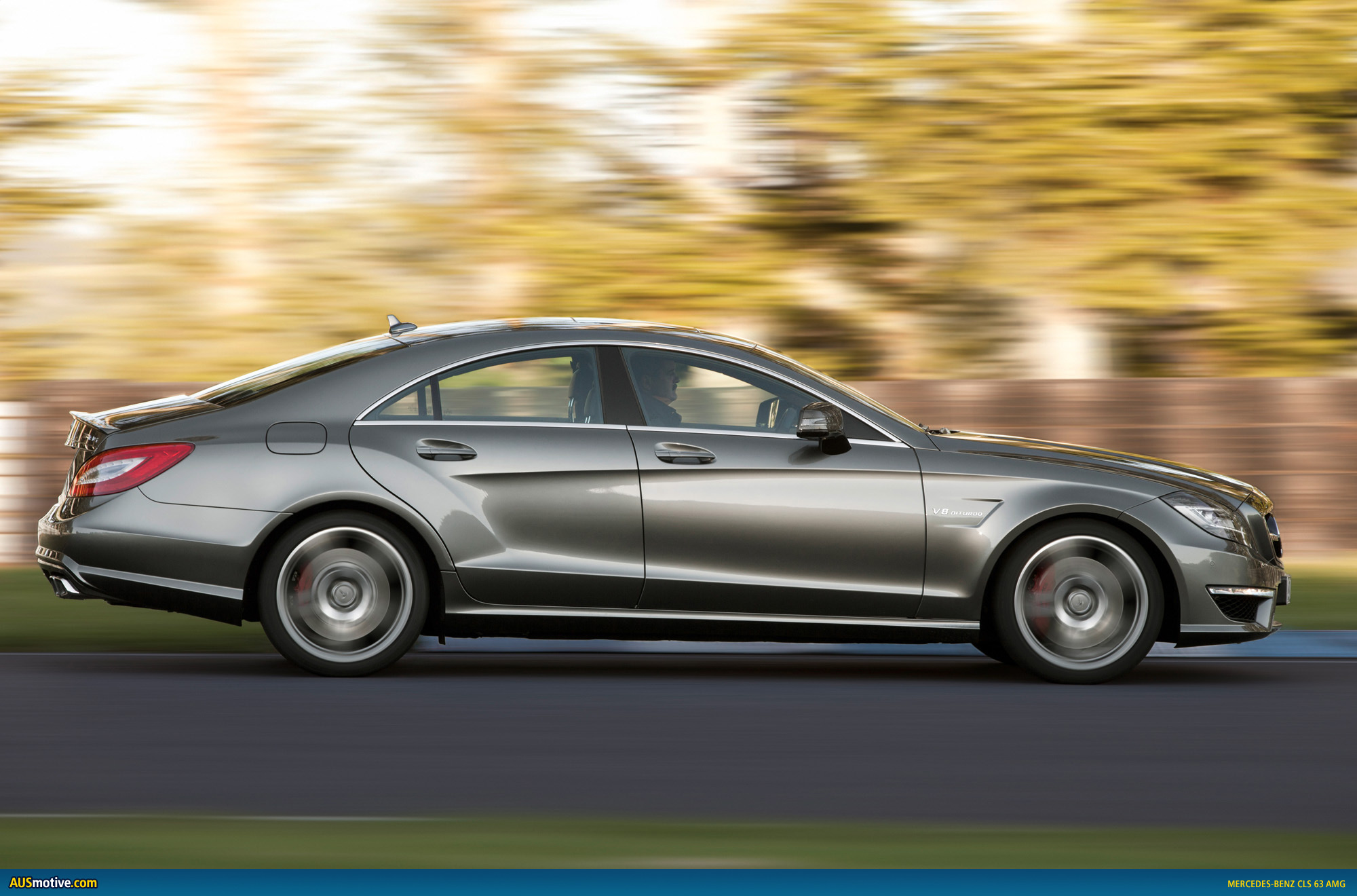 Mercedes benz cls 63 amg photo gallery for Mercedes benz cl amg