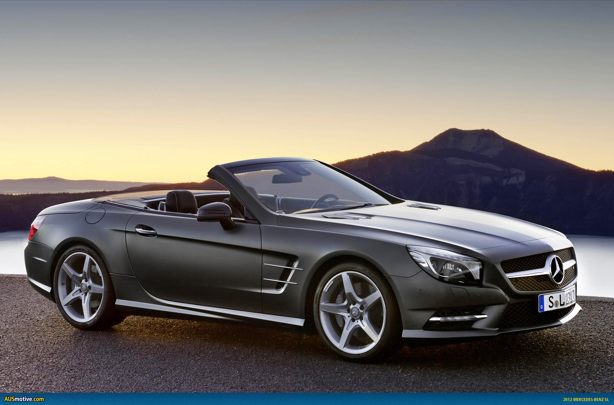 2012 mercedes benz sl finally revealed for Mercedes benz sl convertible for sale