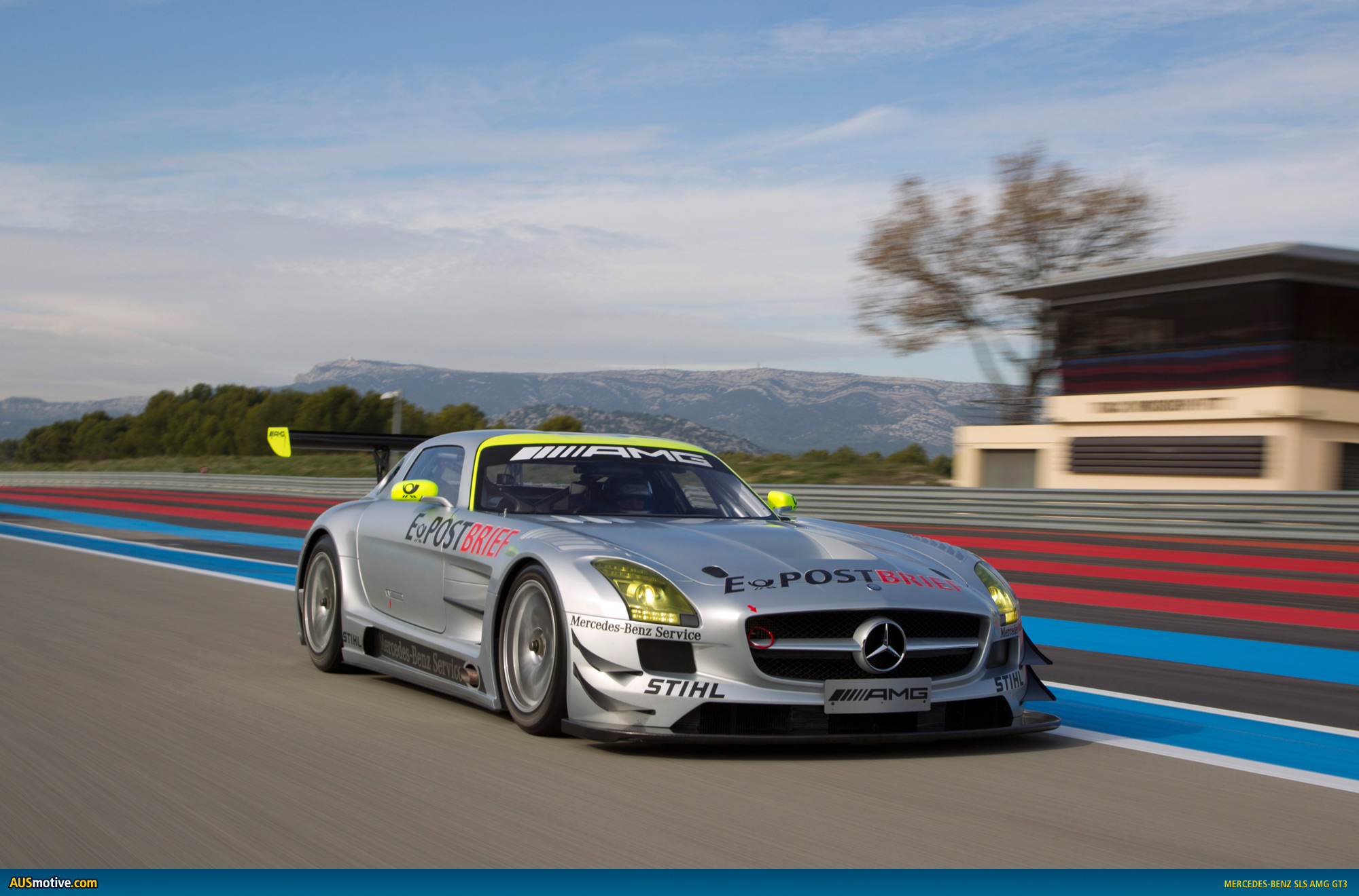 AUSmotive Mercedes Benz SLS AMG GT3 prepares for endurance season