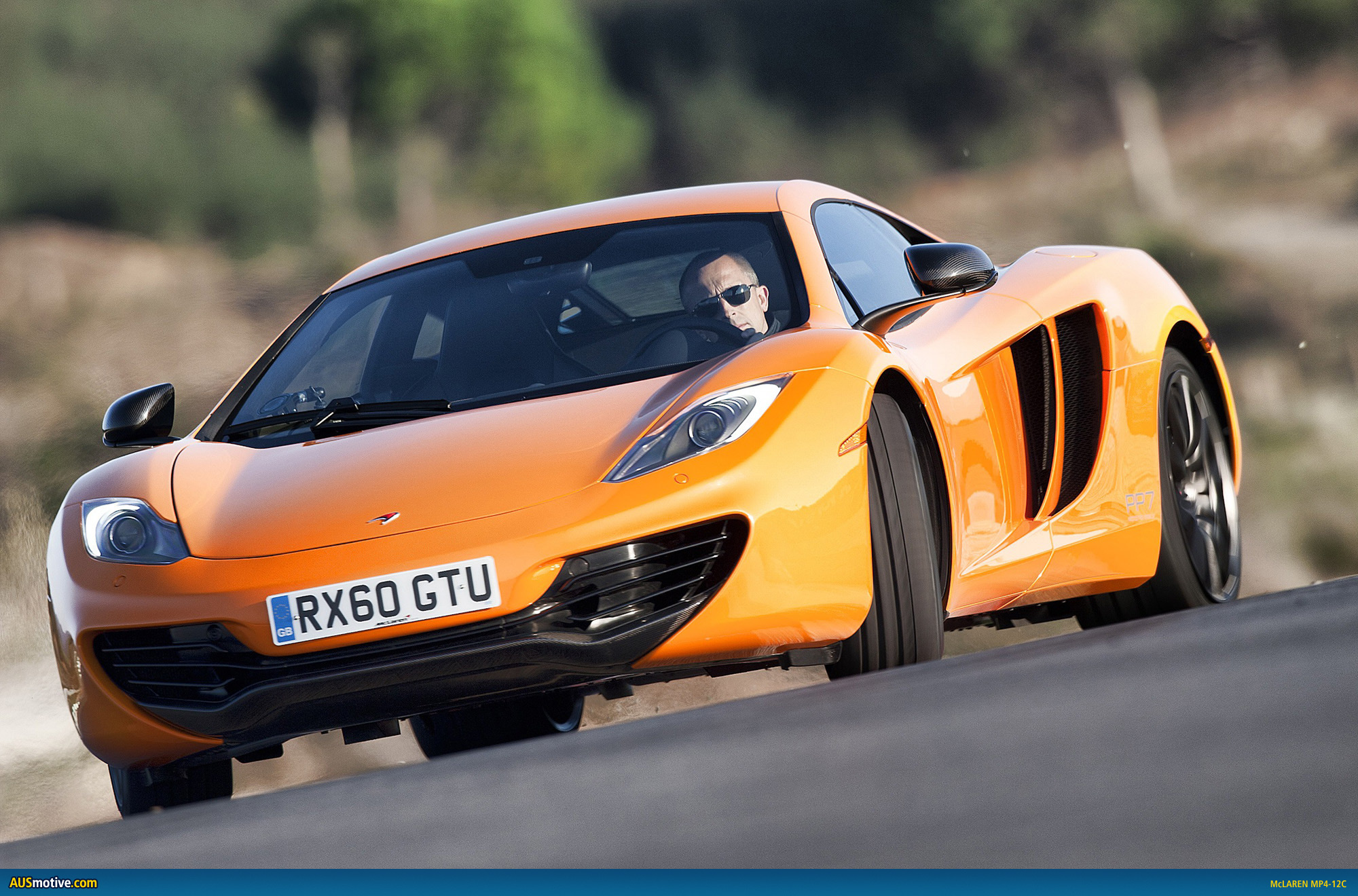 http://www.ausmotive.com/images2011/McLaren-MP4-12C-Feb2011-20.jpg