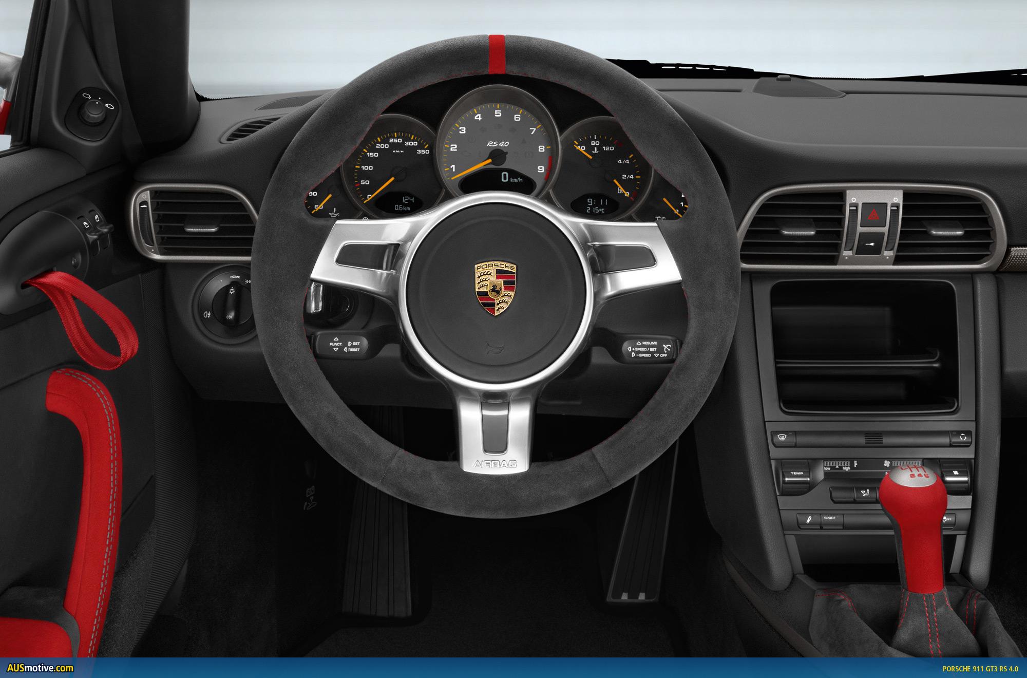 OFFICIAL Porsche 911 GT3 RS 40