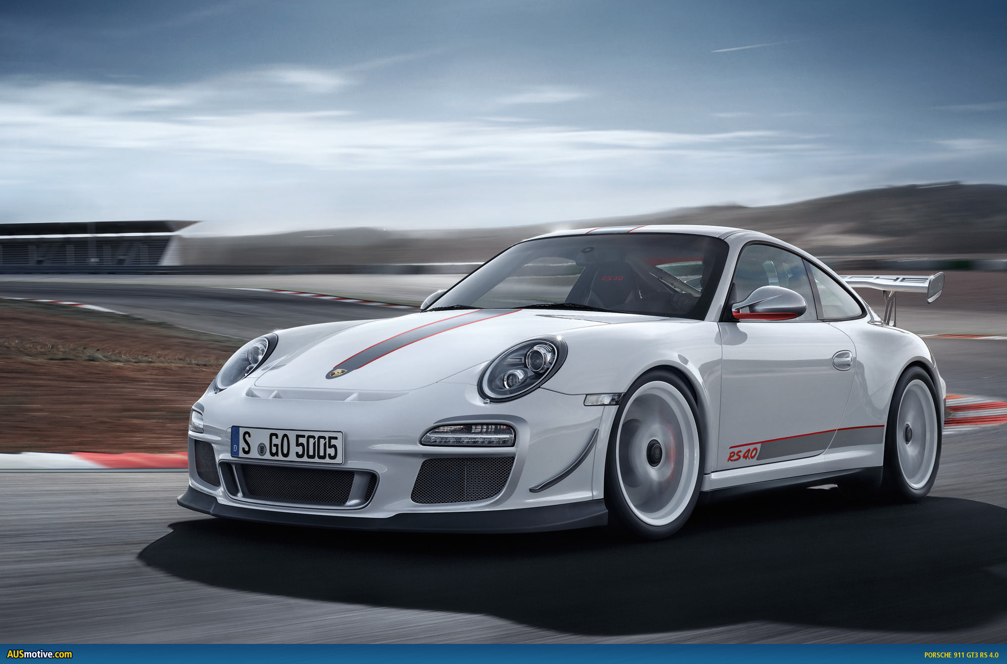 AUSmotive.com » OFFICIAL: Porsche 911 GT3 RS 4.0