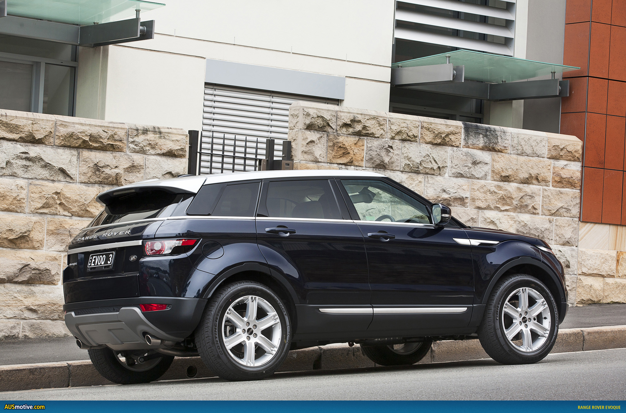 range rover evoque australian pricing specs. Black Bedroom Furniture Sets. Home Design Ideas