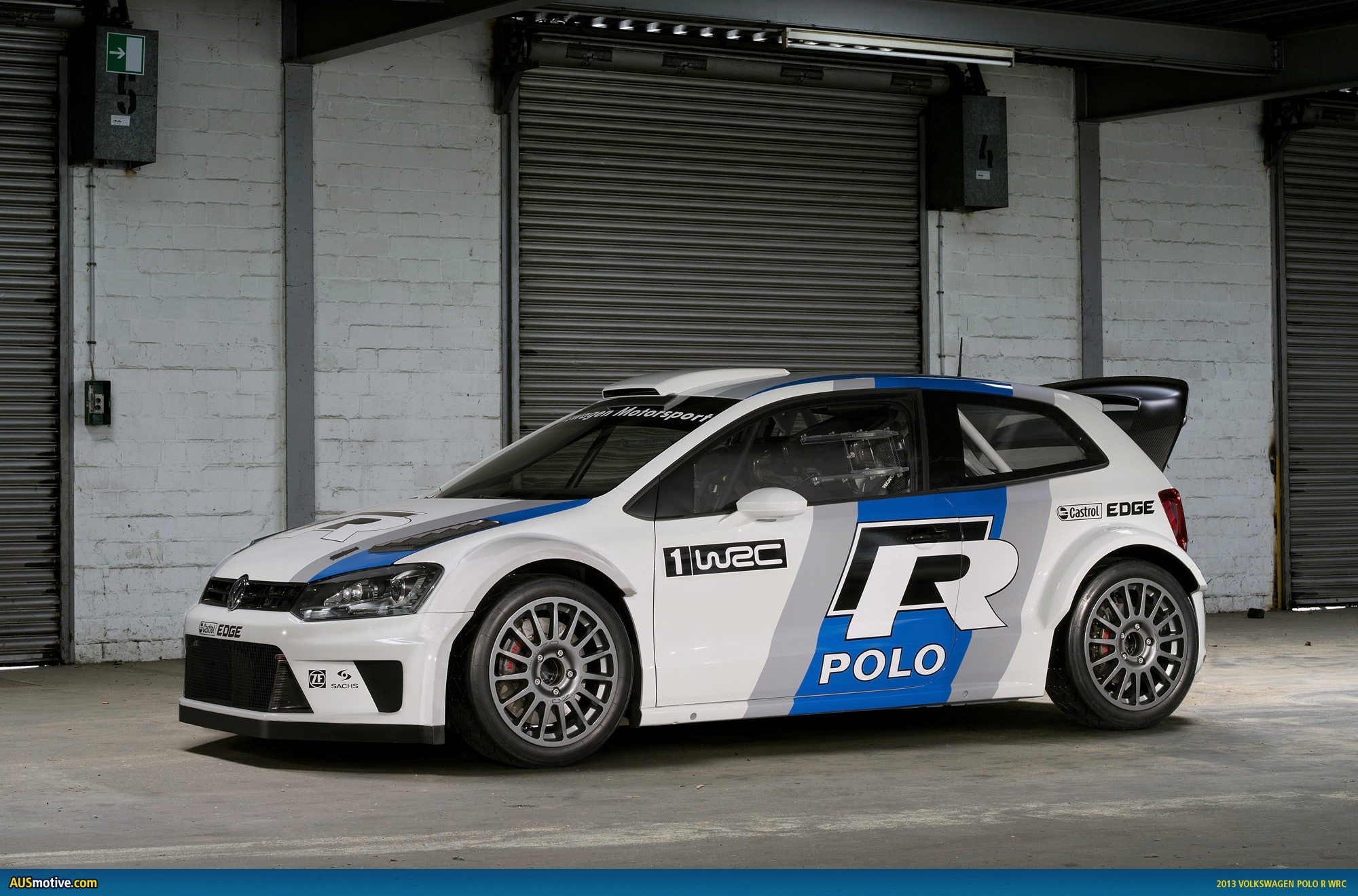 frankfurt 2011 volkswagen polo r wrc. Black Bedroom Furniture Sets. Home Design Ideas