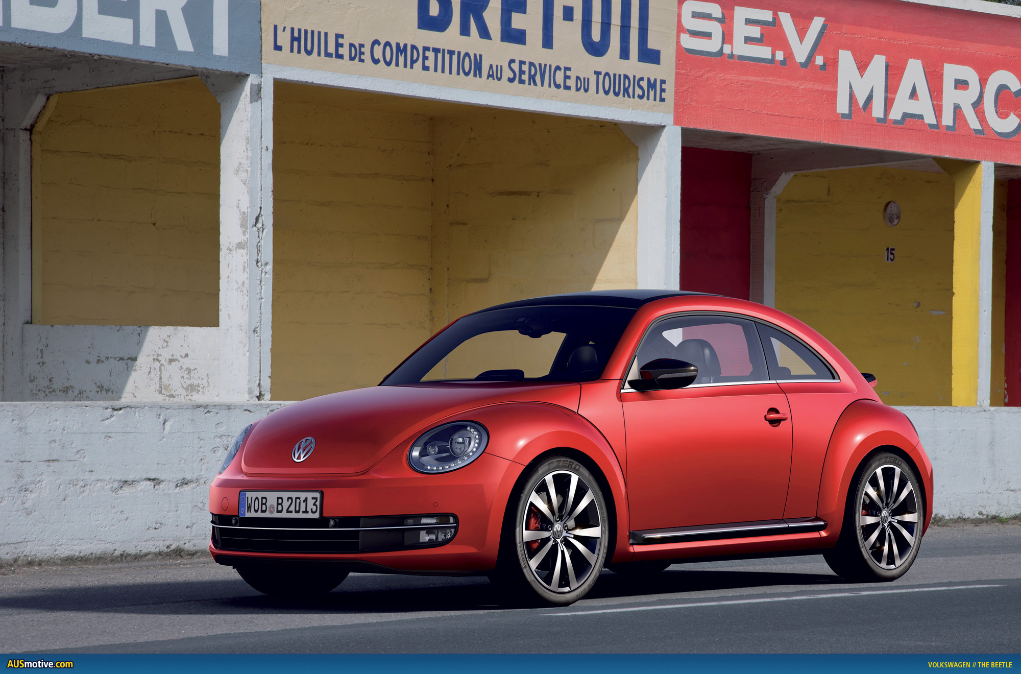 volkswagen unleashes the beetle. Black Bedroom Furniture Sets. Home Design Ideas