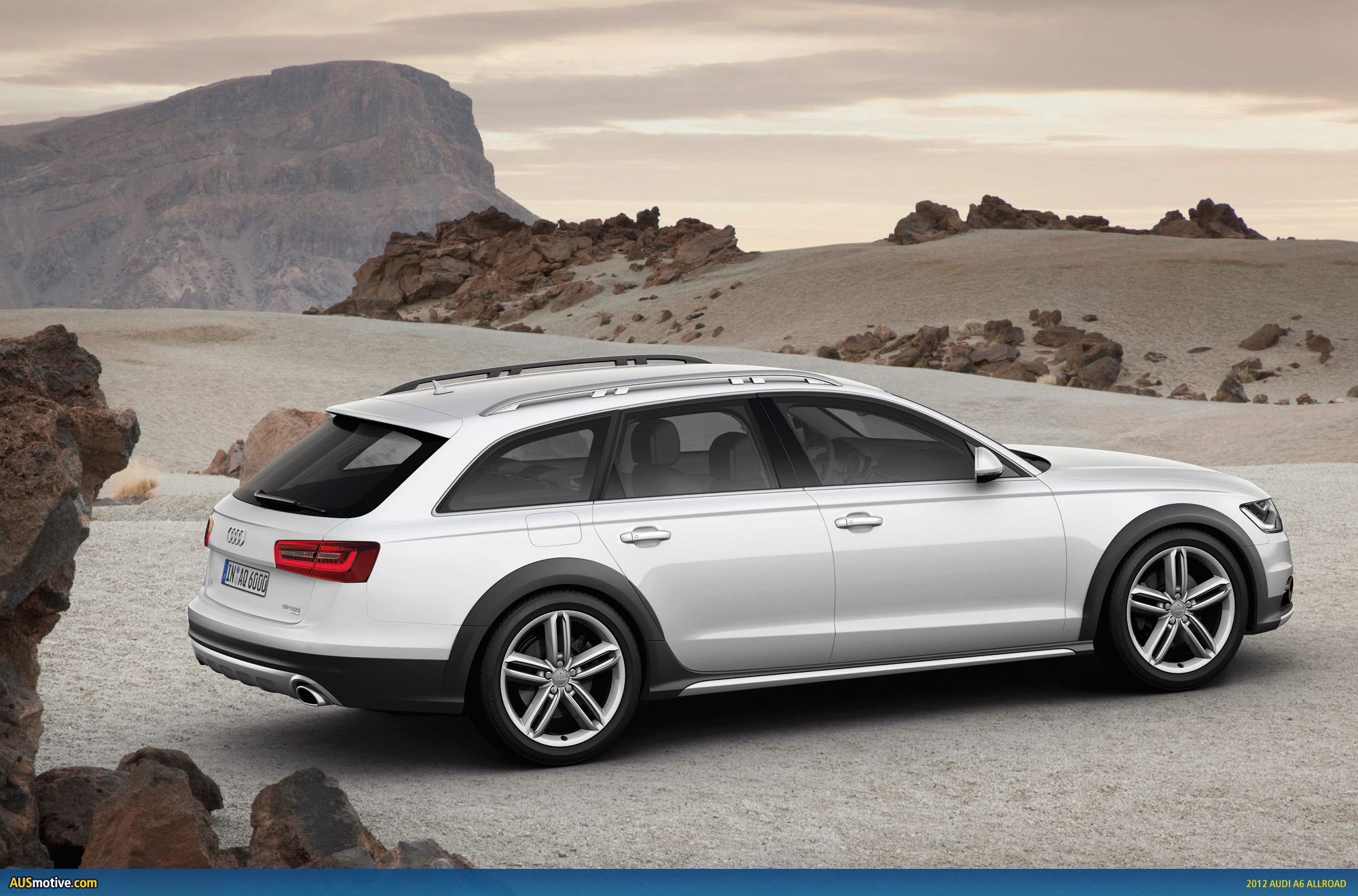 2012 audi a6 allroad revealed. Black Bedroom Furniture Sets. Home Design Ideas