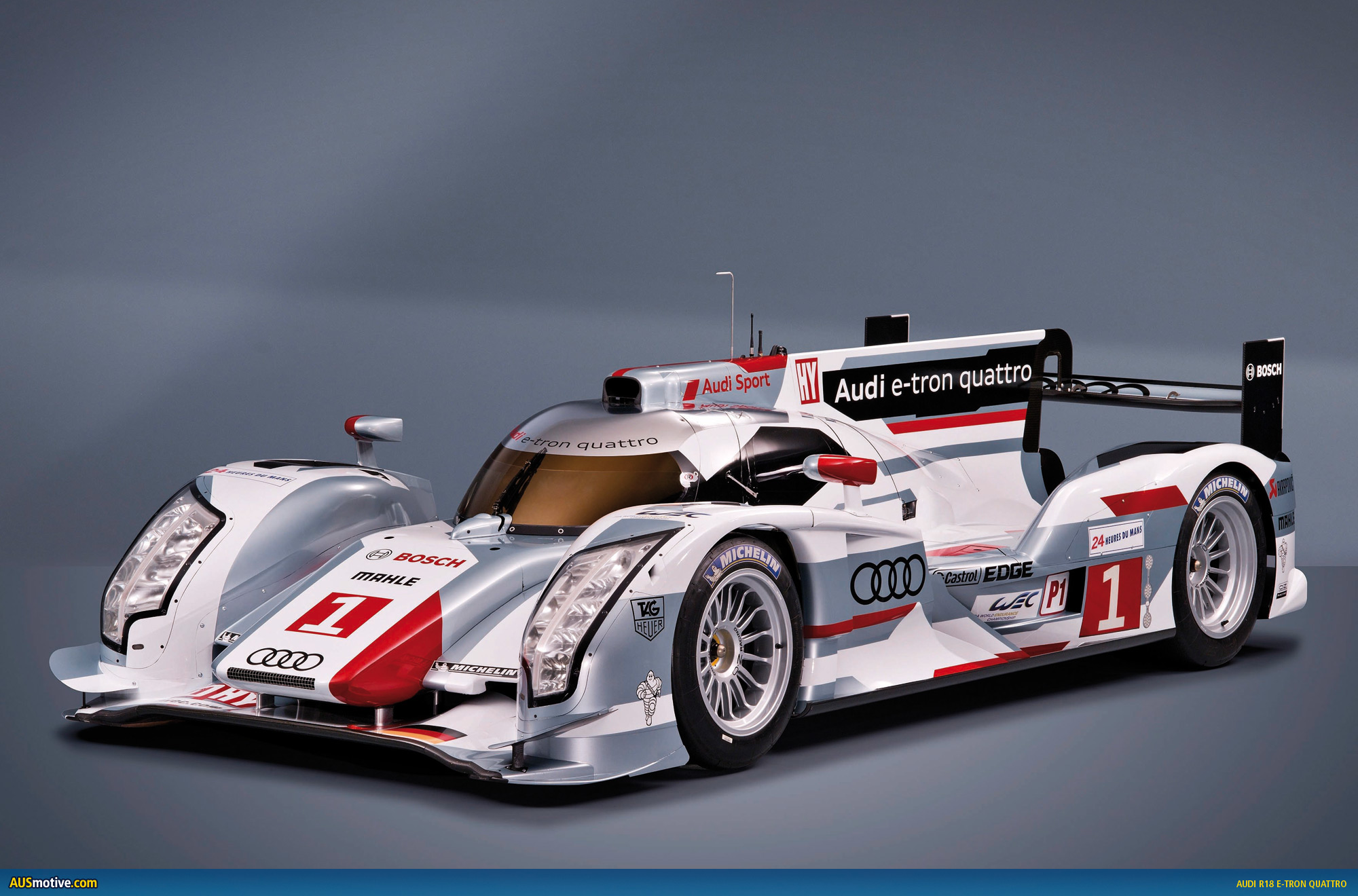 audi r18 e tron quattro revealed. Black Bedroom Furniture Sets. Home Design Ideas