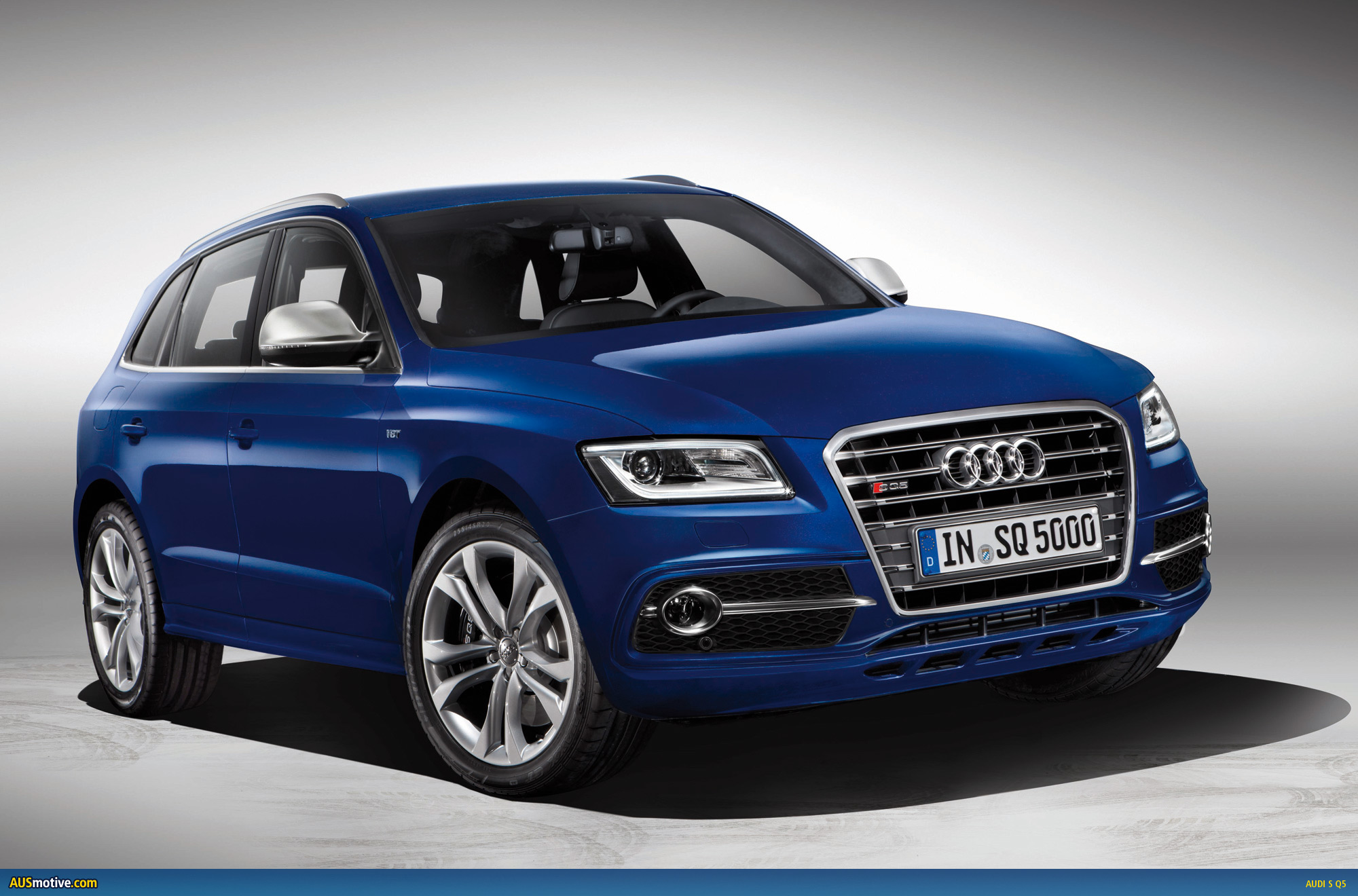 audi sq5 tdi revealed at le mans. Black Bedroom Furniture Sets. Home Design Ideas
