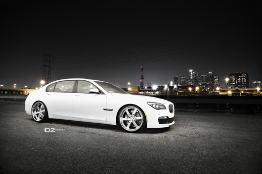 "BMW 750Li with 22"" D2FORGED FMS-09 wheels"