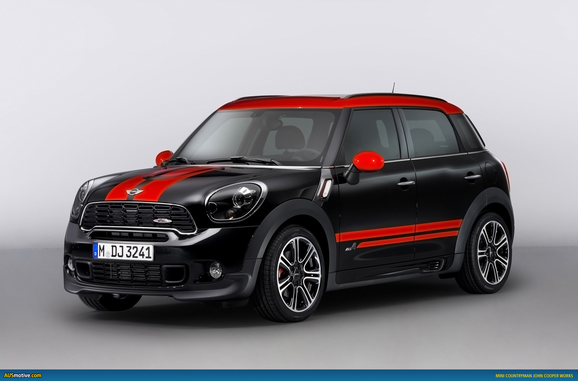 mini countryman jcw revealed. Black Bedroom Furniture Sets. Home Design Ideas